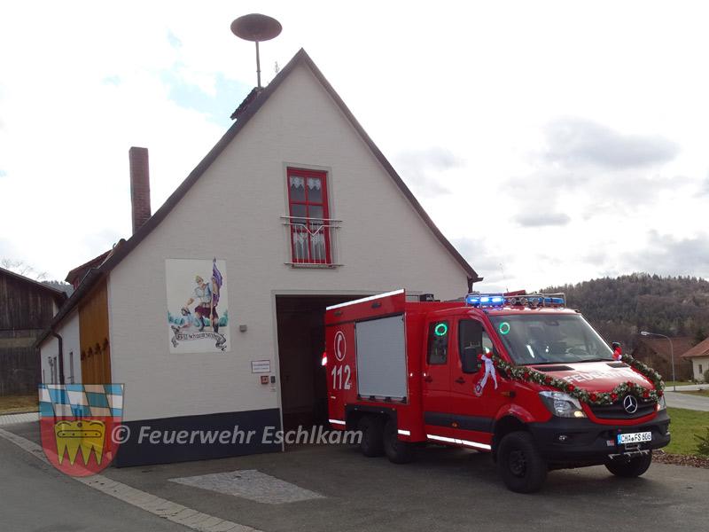 Im Gerätehaus der Feuerwehr Schwarzenberg ist ein Tragkraftspritzenfahrzeug Logistik stationiert.