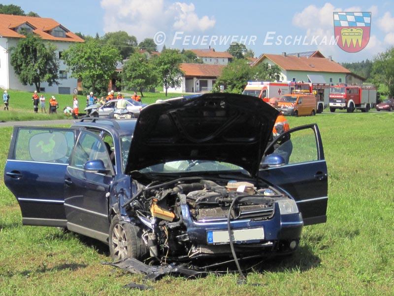 Unfallfahrzeug-Wiese