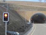 Ampeln sperren im Notfall die Tunneleinfahrt.