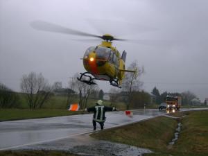 Rettungshubschrauber landet