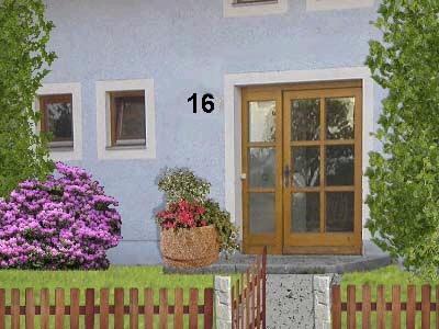 Hier ist die Hausnummer deutlich sichtbar ohne Schnörkel angebracht