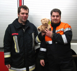 Kindgerechte Erstversorgung durch die Feuerwehr